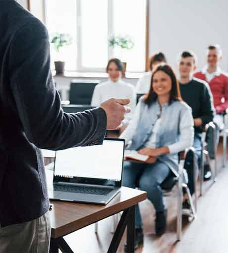 Formation des conseillers en ligne