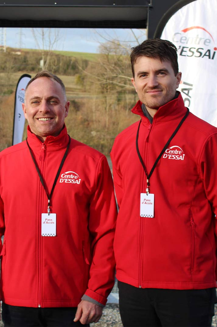 Deux pilotes pour le Centre d'Essai Driving