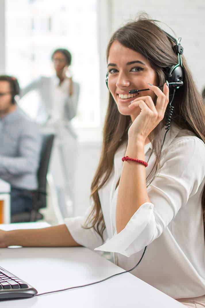 Téléopératrice en gestion d'appel téléphonique