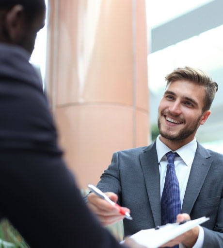Le facilitateur récupère les coordonnées d'un prospect